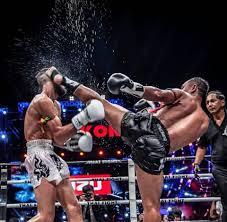 Συνεχίζει Την Παράδοση ο Εντυπωσιακός Ταϊλανδός Μαχητής Του Muay Thai Saenchai