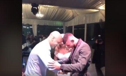 Συγκινημένος ο Σαββίδης: Πήρε την καφέ ζώνη στο γάμο του! (video)