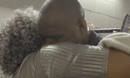 "UFC: ""Οι γονείς θα είναι πάντα γονείς"" (VIDEO)"