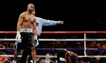 O Roy Jones Jr. στα 51 του το έχει ακόμα! (VID)